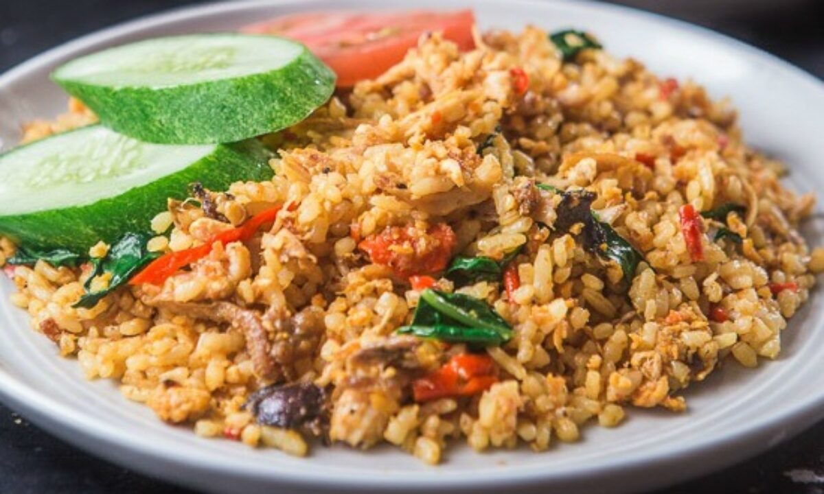 Resep & Cara Membuat Nasi Goreng Kampung, Enak!